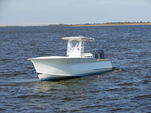 Sport fishing yachts custom carolina boats 28 39 center for Center console sport fishing boats